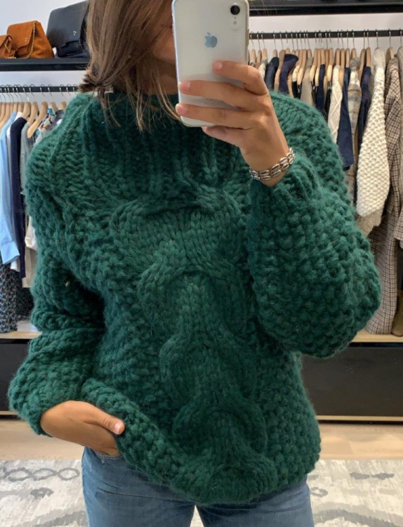 SWEATER CABLE